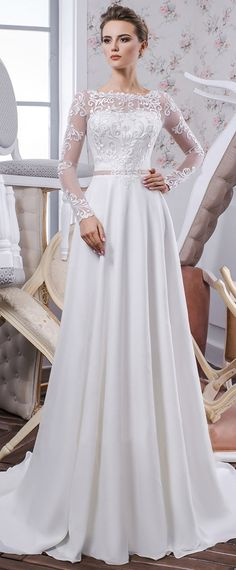 NEW! Delicate Tulle & Chiffon Jewel Neckline Natural Waistline A-line Wedding Dress With Lace Appliques & belt