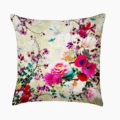 This week (29.8 - 4.9.16) ITEMS ON SALE! 'Falbala' is a luxurious silk/linen design by ChaCha by Iris, Paris.  Enjoy a harmonious brightly coloured garden scene with different flowers and creatures.