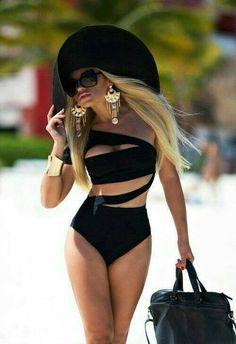 Looks: moda praia com charme.