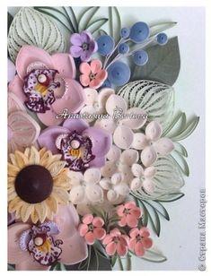 Картина панно рисунок Квиллинг Цветочное панно Бумага Бумажные полосы Проволока фото 3