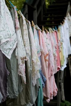 ❥ I can almost smell these freshly laundered linens