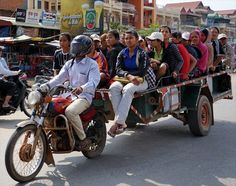 Motobike-trailer in Cambodia is considered as unusual transport Aging Humor, Battambang, Weird And Wonderful, Sky High, Public Transport, Long Weekend, Cambodia, Transportation, Monster Trucks