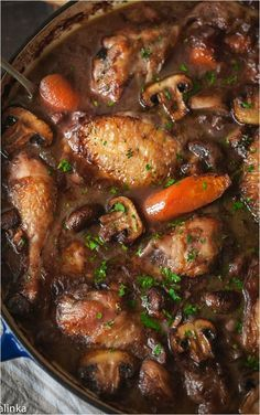 Coq Au Vin, the Ultimate One Pot Dinner - Warm and comforting chicken braised in red wine-the best of French country cooking! Coq Au Vin, the Ultimate One Pot Dinner - Warm and comforting chicken braised in red wine-the best of French country cooking! Oven Recipes, Turkey Recipes, Slow Cooker Recipes, Healthy Recipes, Recipies, Braiser Recipes, Locarb Recipes, Saveur Recipes, Parmesan Recipes