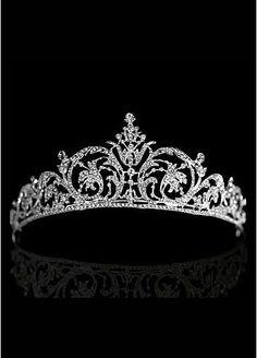 [15.99] In Stock Elegant Alloy & Rhinestones Tiara - Dressilyme.com