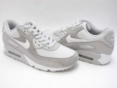 Nike Air Max 90 (Women's) in Off-White / Natural Grey