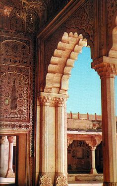 dastaanewatan:  Scenes from the sixties: The Palace of Mirrors - Shish Mahal in Lahore Fort by Doc Kazi on Flickr.