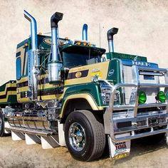 Old Mack Trucks, Old Pickup Trucks, Big Rig Trucks, 4x4 Trucks, Diesel Trucks, Custom Trucks, Cool Trucks, Semi Trucks, Train Truck