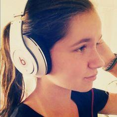 Studios! #beats http://www.dhgate.com/colored-studio-headphones-silver-blue-green/p-ff80808133cfd7010133f31171a6432a.html