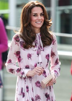 Kate Middleton in a Kate Spade dress at the London Eye for World Mental Health Day on October 11, 2016