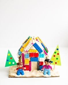Fun Lego and Playdough DIY Gingerbread House   Here's a fun twist on making gingerbread houses using two things kids love: Legos and playdough.