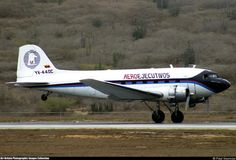"""Douglas DC-3A-S1C3G (YV-440C, c/n 02201) """"Caballo Viejo"""" of Aeroejecutivos at Maiquetia Int. airport on Mar 30, 2003."""