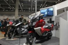 BMW - TOKYO MOTORCYCLE SHOW 2012