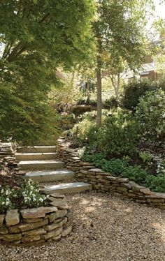 Sublime 50+ Marvelous Backyard Rock Pathway To Enhance Your Beautiful Garden https://decoredo.com/12183-50-marvelous-backyard-rock-pathway-to-enhance-your-beautiful-garden/