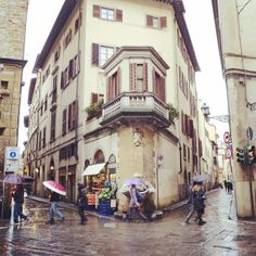 Rain in Oltrarno, Florence! #italy