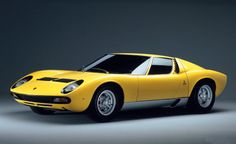 1972 Lamborghini Miura P400 SV http://www.carveracity.com/1972-lamborghini-miura-p400-sv/