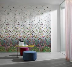 PARADISO by SAHCO - a non-woven wallcovering with warp thread bonding and digital print showing exotic birds.