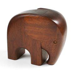 http://www.ebay.de/itm/50s-60s-Holzdose-wohl-TEAK-Elefant-VINTAGE-Kaj-Bojesen-Ara-no-Denmark-Holz-/251917625393?pt=LH_DefaultDomain_77