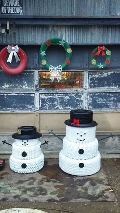 Farm christmas we just made one like this today for Tire decoration ideas