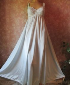 Items similar to Vintage Olga Nightgown Long Sleeping Pretty Bra Full Sweep  Lacy bodice XS S M Blue 92040 Floor Length on Etsy 22c4b1a81