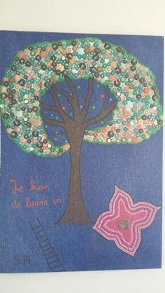 Button art tree