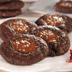 Best dessert recipes: Spicy Chocolate Caramel Cookies with Sea Salt