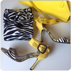 BLACK & WHITE ZEBRA PRINT SHEATH DRESS Black & white zebra print sheath dress with round neck, low back & 3/4 sleeves. The dress is fairly basic so I added a pop of color with yellow in the bag & the zebra print & yellow snakeskin shoes!  Red would also look fantastic. Size S or 2 Dresses Long Sleeve