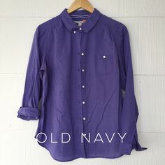 Old Navy Periwinkle Button Down What a beautiful color?! Old navy button down shirt with a rounded- not quite Peter Pan collar, in periwinkle. EUC, very gently worn. 100% cotton. Old Navy Tops Button Down Shirts