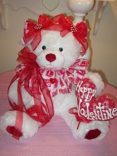 CoLLecTiBLle*SHABBY SWEET*HUGE*  VaLeNTiNe's Day WhiTe TeDDy Bear w/ heart