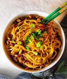 Vegaaninen versio perinteisestä kiinalaisesta kotiruuasta Ken Homin ohjetta mukaillen.