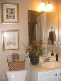 Very Small Bathroom Decorating Ideas small bathroom decor - really like the basket on the back of the
