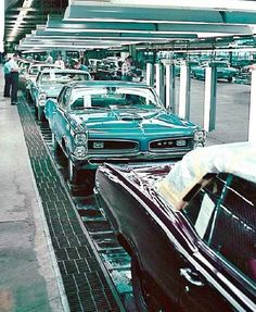 1966 Pontiac GTO Assembly Line. Like to think of my once upon a time 66 GTO coming down this line, sheer perfection! Pontiac Gto, Chevrolet Corvette, Chevy, General Motors, Rat Rods, Buick, My Dream Car, Dream Cars, Cadillac