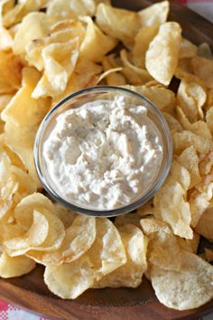 Lightened up French Onion Dip, with Greek yogurt for #SundaySupper