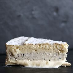 Get delicious gourmet foods like Truffle Brie delivered right to your door. Queso Cheese, Creamy Cheese, Best Shrimp Recipes, Healthy Packed Lunches, Cheese Gifts, Gourmet Recipes, Gourmet Foods, Artisan Cheese, Sunday Meal Prep