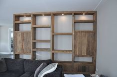 ... Bookshelf Design, Bookshelves, Bookcase, Diy Furniture Hacks, Furniture Inspiration, Ladder Decor, Side Board, Home Decor, Future