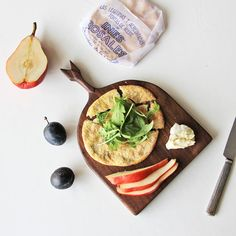 Hey, I found this really awesome Etsy listing at https://www.etsy.com/listing/167849394/arrow-cheese-board