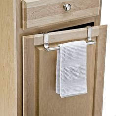 Instantly create a home for your hand or dish towels - where you need it most - with our Forma Overcabinet Towel Bar. A fabulous kitchen helper, it simply hooks over the top of a lower cabinet - no tools required. Kitchen Organization, Kitchen Storage, Bar Kitchen, Kitchen Ideas, Small Apartment Kitchen, Ideas Para Organizar, Towel Storage, Low Cabinet, Kitchen Helper