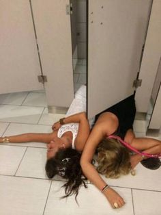 drunk-teens-passed-out