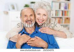 7a83c963c2313569a1dcd48262c7f2eb--sofa-elderly-couples.jpg (450×320)