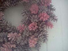 Pretty IN Pink Maine Pinecone Wreath 19 Inch von scarletsmile