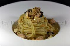Spaghetti con salmone fresco, radicchio tardivo di Treviso e mandorle sfogliate tostate