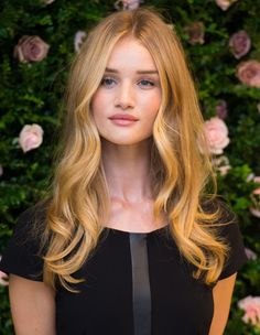 Rosie Huntington-Whiteley - must try her loose curls