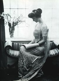 Consuelo, Duchess of Marlborough, née Vanderbilt (and later Balsan), reading in English country house, c. 1910 ... daughter William K. and Alva Vanderbilt, married (mostly unhappily) to Duke of Marlborough 1895-1921, separated from 1906