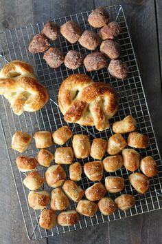 Homemade Soft Pretzels or bites! The best recipe for pretzels like you buy at the mall
