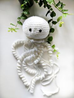 Handmade jellyfish amigurumi <3