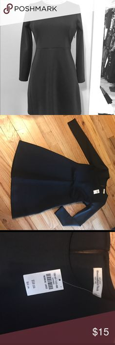 Abercrombie & Fitch Neoprene Skater Dress - NWT This is a new with tags Abercrombie & Fitch neoprene skater style dress, size Large. Abercrombie & Fitch Dresses Midi