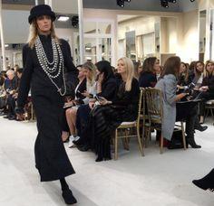 Desfile da coleção outono 2016 Chanel