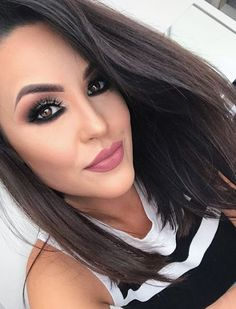 15 Ideias de maquiagem com batom rosa Makeup, How To Make, Makeup Looks, Makeup Ideas, Pink Lipstick Makeup, Purple Lipstick, Black Shadow, Lipstick Colors, Make Up