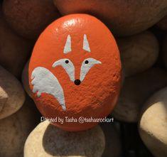 Painted by Tasha tashasrockart+ Rock Painting Ideas Easy, Rock Painting Designs, Paint Designs, Pebble Painting, Pebble Art, Stone Painting, Painted Rock Animals, Painted Rocks Craft, Stone Crafts
