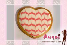 Este tutorial os enseñará cómo preparar glasa para decorar galletas o cualquier otro uso en repostería.