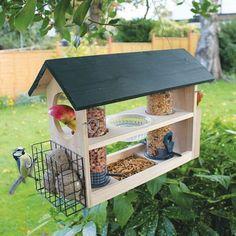 8+ Beautiful Bird Feeding Station Ideas That Many Birds Come Into Your Garden #gardening #gardendesign #gardeningtips